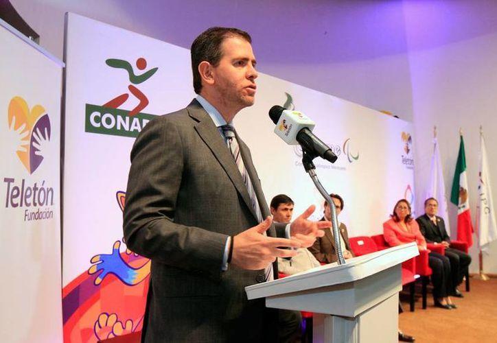 Alfredo Castillo, titular de Conade, dijo en entrevista con Carlos Loret de Mola, que su renuncia está sobre la mesa, y que será el presidente, Enrique Peña Nieto, quien decida su futuro. (Archivo/NTX)