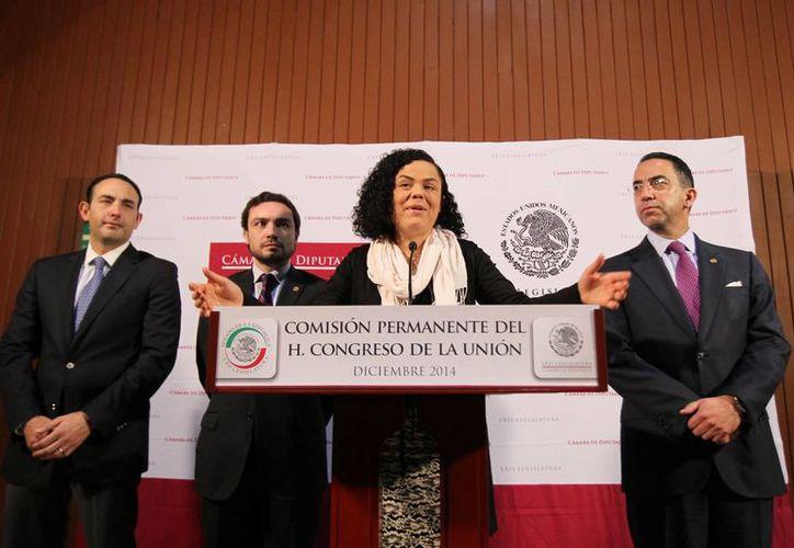 La senadora Mariana Gómez del Campo cuestionó la relación del delegado Jesús Valencia y la empresa Amexire. (Archivo/Notimex)
