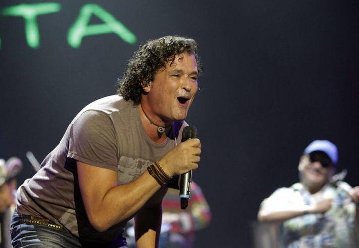 Carlos Vives será galardonado por el país galo como reconocimiento a sus aportes a la cultura colombiana y su trayectoria musical. (EFE/Archivo)