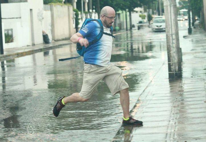 Los pronósticos indican que mañana domingo volverá a llover en Yucatán. (Jorge Acosta/Milenio)