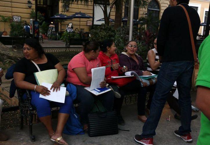 A través de encuestas el Centro Estatal de Prevención Social del Delito y Participación Ciudadana (Cepredey) sabrá los factores de riesgo en el norte de Mérida. (José Acosta)