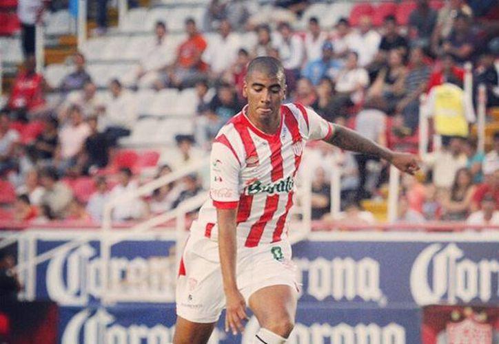Luis Gorocito, jugador del Nexaca de la liga Ascenso MX, es señalado por testigos como agresor de un joven, en León. (Facebook/Luis Gorocito)