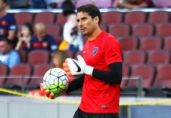 Guillermo Ochoa será titular en el encuentro frente al Rayo Vallecano, en la jornada 34 de la Liga de España. (AP)