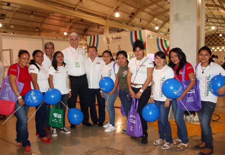 Se logró en un mismo espacio a estudiantes, empresarios, universidades, cámaras y asociaciones empresariales. (Milenio Novedades)