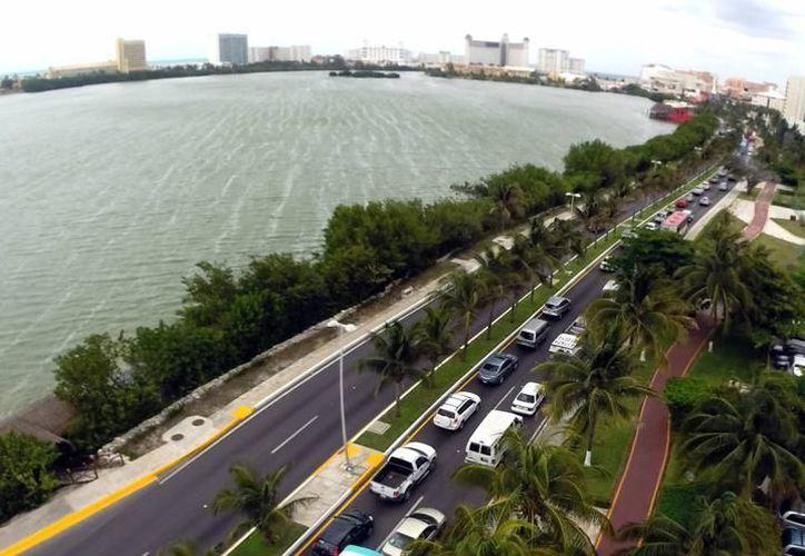 La totalidad de la hotelería en Cancún y Riviera Maya optaría por recibir el suministro de electricidad de un particular. (Israel Leal/ SIPSE)