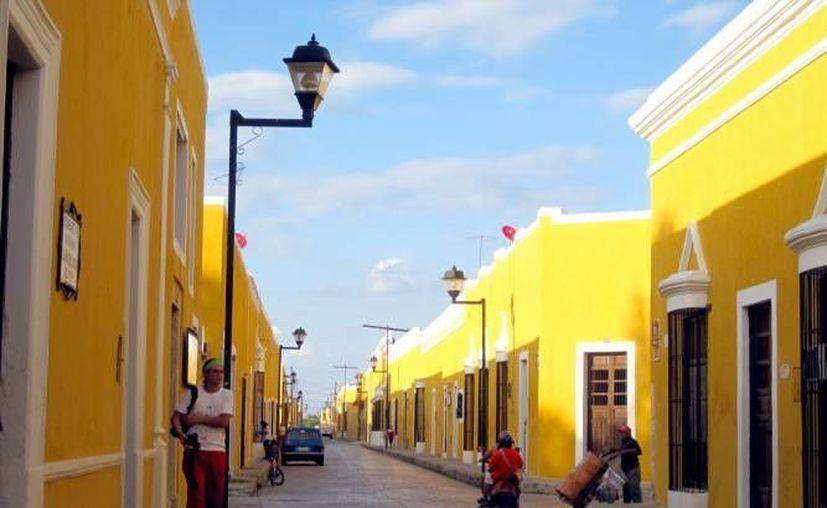 Izamal fue una de las 10 ciudades seleccionadas para aplicarse el proyecto  'Las 10 cuadras más prósperas de México'; También participan Campeche, (Campeche), Cozumel (Quintana Roo), Hermosillo (Sonora), entre otras. (Archivo/ Milenio Novedades)