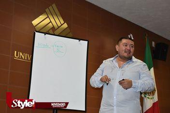 Orientando negocios en Anáhuac Cancún