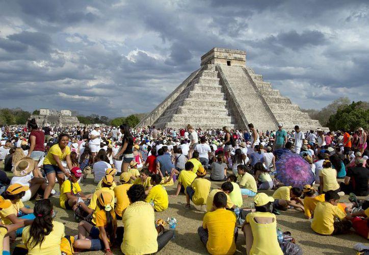 En la Zona Arqueológica de Chichén Itzá, en Yucatán, podrán ingresar desde las 8:00 horas y retirarse a las 17:00 horas. (Notimex)