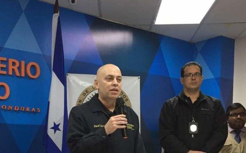Honduras: Ordenan captura de cinco diputados acusados de malversación de fondos
