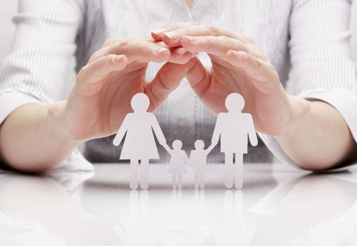 Cualquier mamá puede acceder al Programa Seguro de Vida para Jefas de Familia y ofrecer a sus hijos una seguridad en caso de fallecer. (Milenio Novedades)