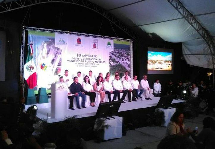 El gobernador estuvo presente ayer en el 1er aniversario del decreto de creación de Puerto Morelos. (Redacción/SIPSE)