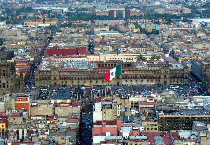 La iniciativa propone dar autonomía a la capital de la República mediante la creación de un Congreso local. (Archivo/Agencias)