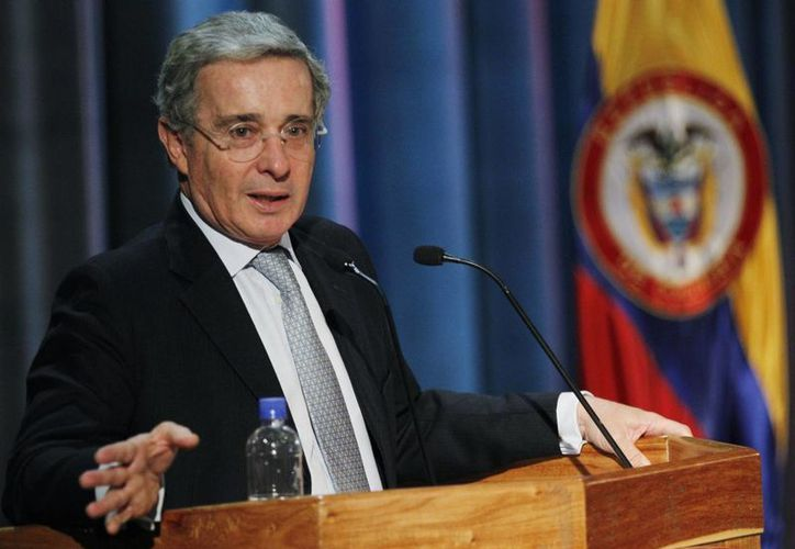 Uribe tiene una popularidad alrededor de 63 por ciento según recientes sondeos. (Agencias)
