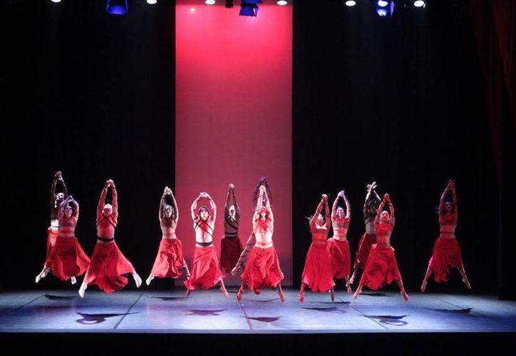 Los homenajes a Lolina Torres, Wilberth Herrera y otros yucatecos, así como la presencia del Ballet Nacional de Paraguay (foto) forman parte de la cartelera del Otoño Cultural de Mérida. (cultura.gov.py)