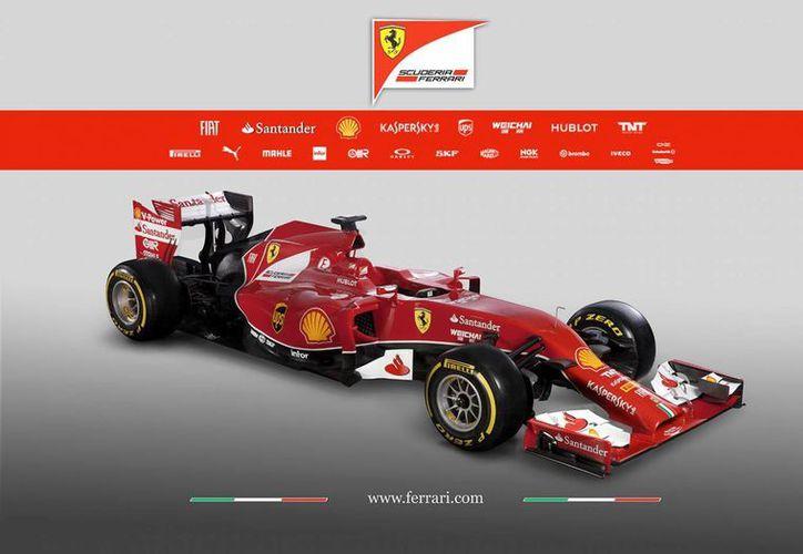 Ferrari registró 1,123,741 votos de todas las latitudes del mundo para definir el nombre del nuevo bólido del equipo italiano como F14T. (ferrari.com)