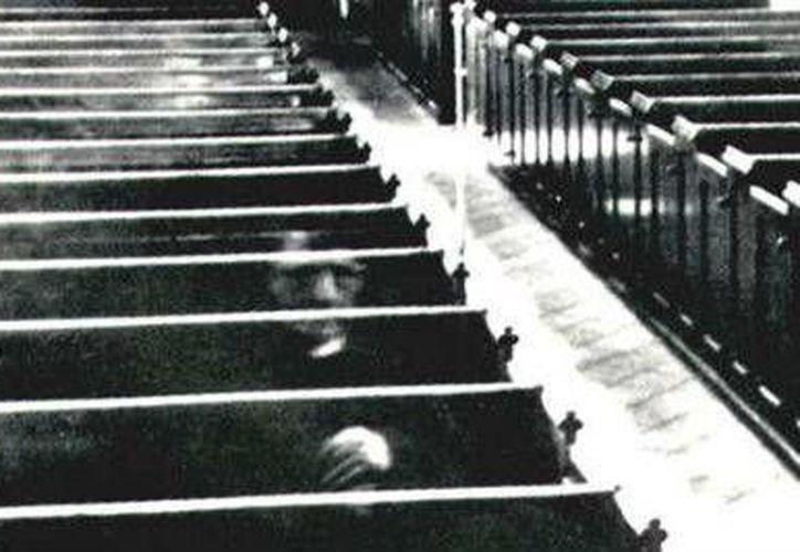 No sólo en panteones, incluso en iglesias se han captado evidencias de sacerdotes ya fallecidos. (Archivo/SIPSE)