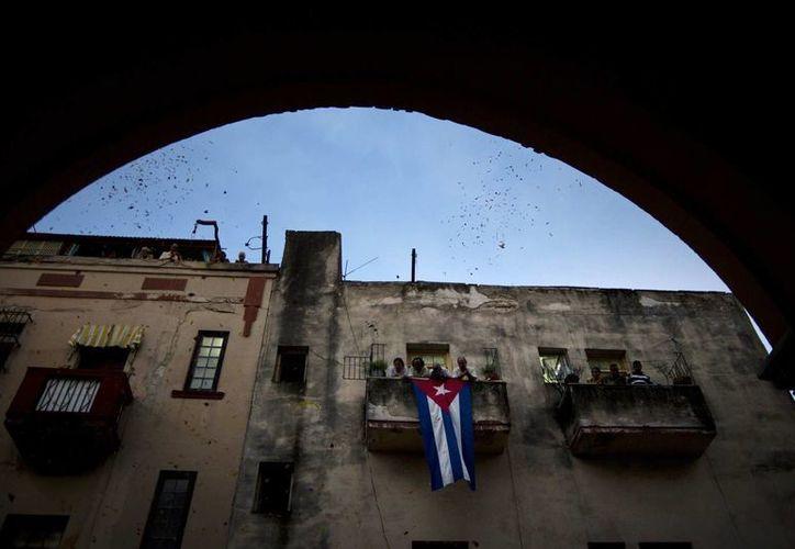 Muchos cubanos están asombrados por el cambio de opinión de Donald Trump respecto al deshielo político. En la foto, La Habana. (AP)