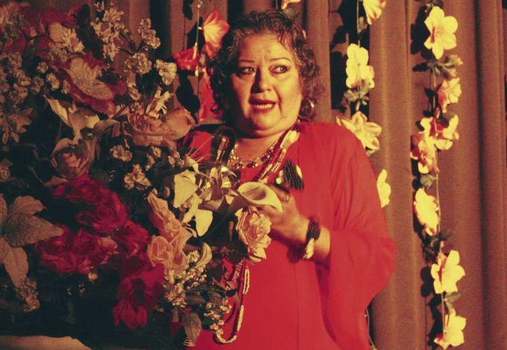 """Madeleine Lizama """"Candita"""" dará pláticas a los estudiantes acerca del teatro regional yucateco. (Milenio Novedades)"""