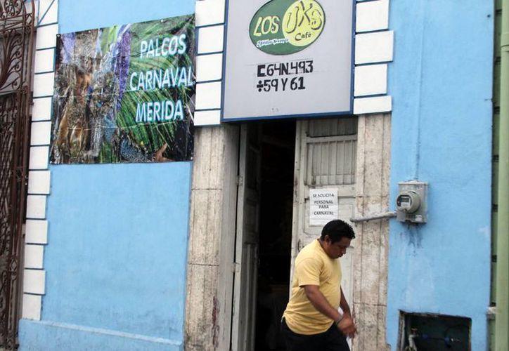 Durante todos los días del Carnaval habrá venta de sillas y gradas a 30 pesos por persona. (José Acosta/SIPSE)