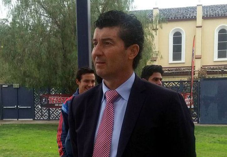 José Manuel 'Chepo' de la Torre salió de Chivas porque su hermano, Néstor de la Torre, quien fungía como presidente deportivo, lo pidió, aseguró el dueño del club, Jorge Vergara. (Archivo/NTX)