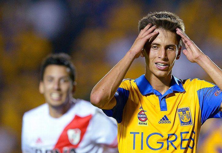 El jugador de los Tigres, Jürgen Damm, fue detenido esta tarde en un establecimiento de comida. (Foto: Futblog)
