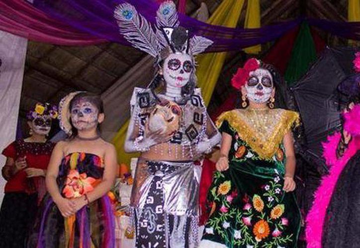 Este año el Festival del Día de Muertos en Cancún se llama 'Cena de Ánimas' y será en tres parques públicos. (Cortesía)