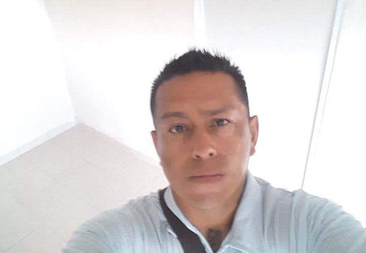La madre y la esposa del desaparecido, arribaron a la ciudad de Cancún para iniciar la búsqueda. (Redacción)