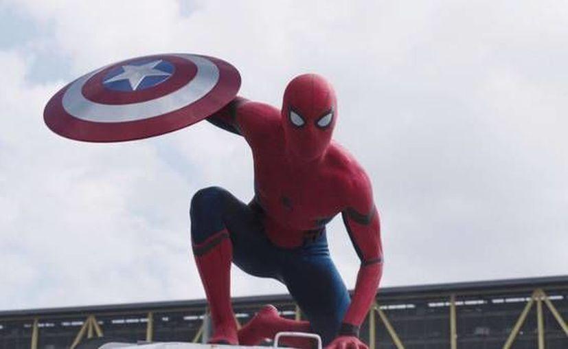 Spiderman formará equipo con Iron Man, en la tercera película de Capitán América que se estrenará el próximo 6 de mayo. (Foto tomada de Marvel Entertainment)