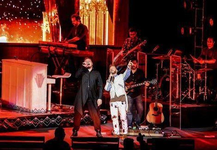 Noel Schajris y Leonel García entregaron una noche inolvidable a sus fanáticos jaliscienses, quienes fueron testigos en el Auditorio Telmex de la gira <i>Una última vez</i> (Milenio Digital).