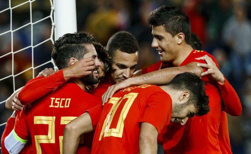 Pese a que España ha sido instado a reconocer la independencia de Kosovo, su empeño va más allá de las peticiones de los directivos deportivos. (Vanguardia)