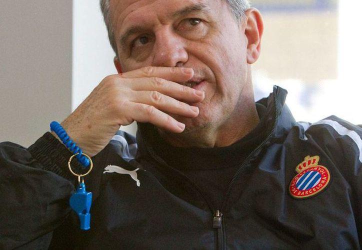 El mexicano Aguirre no continuará como entrenador del Espanyol. Por ahora, no tiene ofertas de otros equipos. (EFE/Archivo)