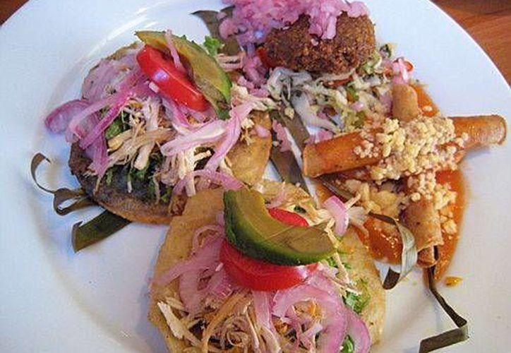La comida yucateca tiene amplia variedad. Según los expertos, son más de 400 platillos típicos. (SIPSE)