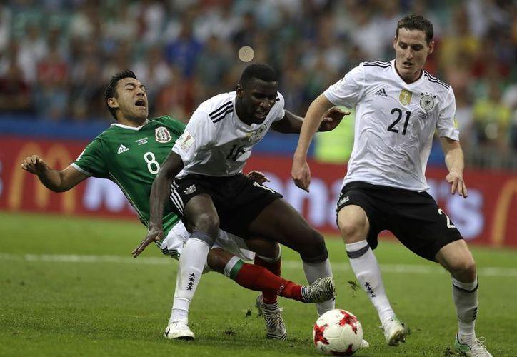 México logró meter un gol, por la anotación de Marco Fabián. (Foto: AP)