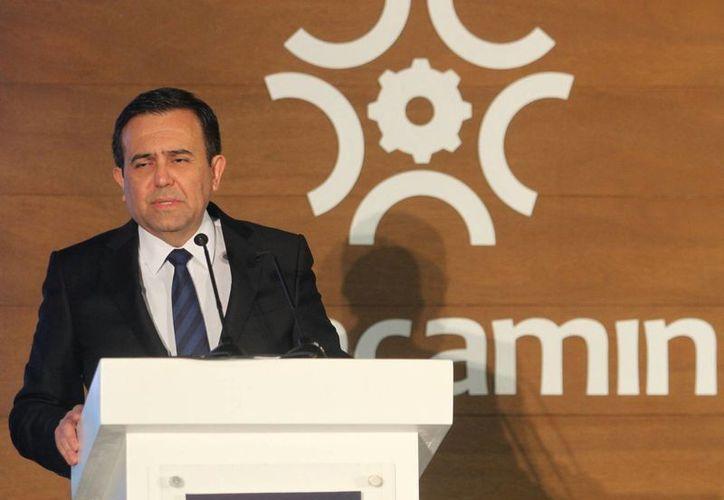 El secretario de Economía, Ildefonso Guajardo, dejó en claro que el gobierno mexicano estará pendiente de que Ford cumpla con las obligaciones pactadas con San Luis Potosí. (Notimex/Archivo)