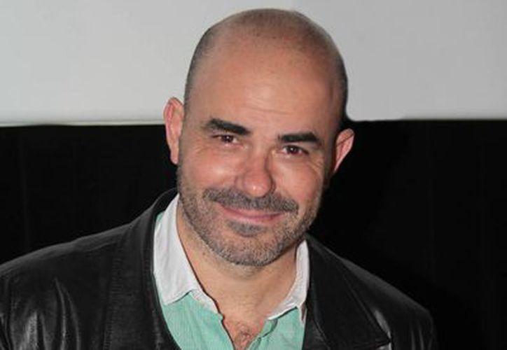 El escritor argentino Eduardo Sacheri durante una conferencia de prensa al presentar la cinta <i>Metegol</i>. (Notimex)