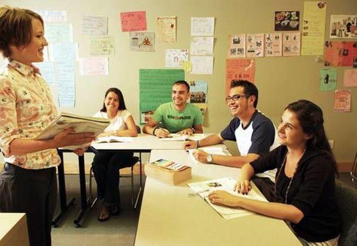 Las clases de inglés son muy solicitadas debido a que se sigue considerándose como la lengua universal. (Contexto/Internet)