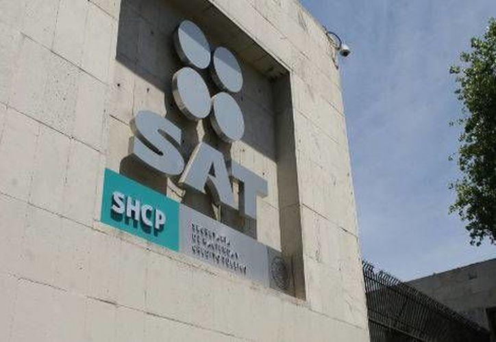 El IFAI resolvió tres recursos de revisión de información luego de que el SAT se negara a entregarla. (Milenio)