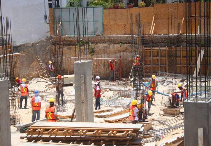 En el proyecto se tienen planeados un total de 36 departamentos y un local comercial. (Daniel Pacheco/SIPSE)