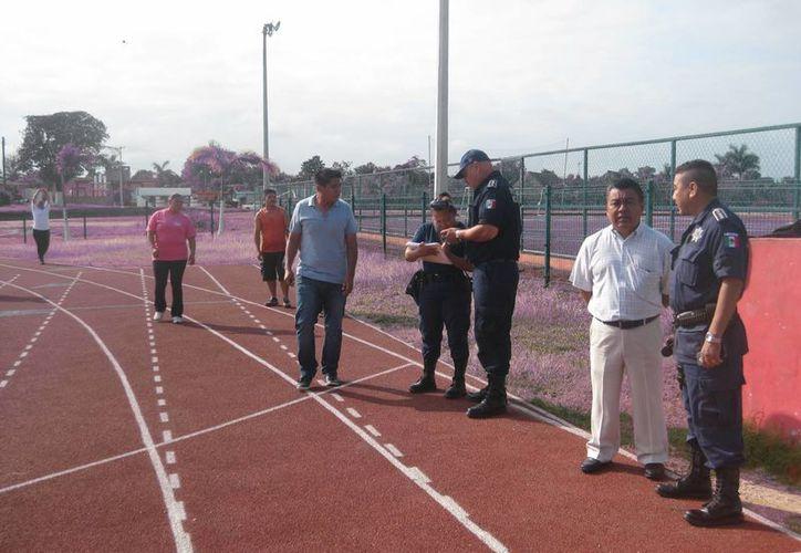 La pruebas se efectuaron en el campo deportivo del Colegio de Bachilleres. (Javier Ortiz/SIPSE)