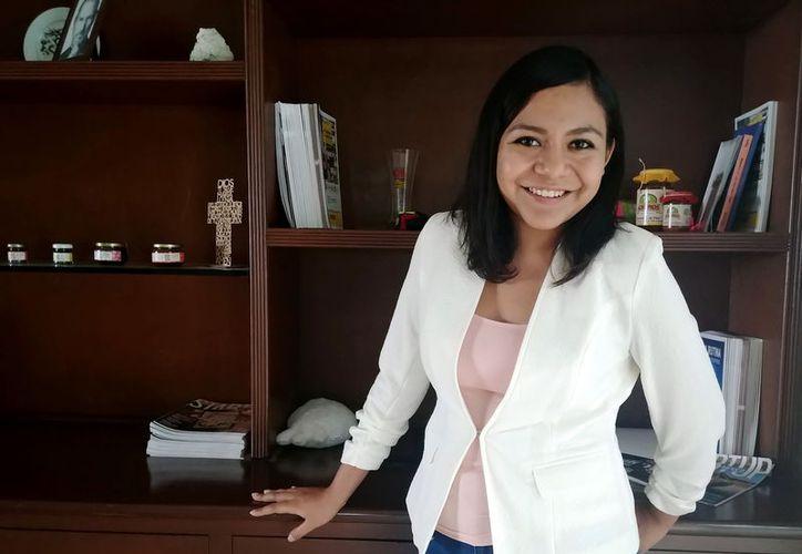 La joven científica yucateca que aspira a ir a un curso a Harvard. (Foto: Milenio Novedades)