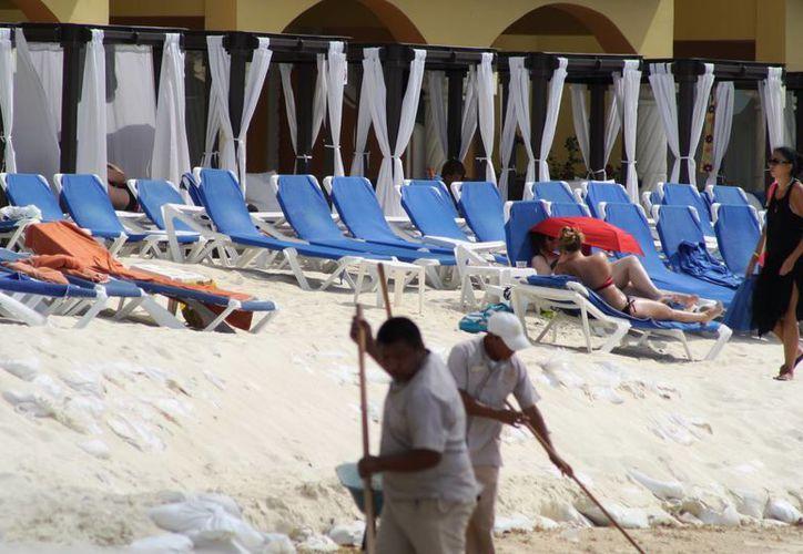 Un representante de la Asociación de Hoteles de la Riviera Maya acudirá a Mazatlán para asesorar en materia de sustentabilidad. (Octavio Martínez/SIPSE)