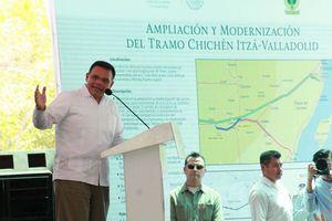 Inauguración del tramo Chichén Itzá-Valladolid