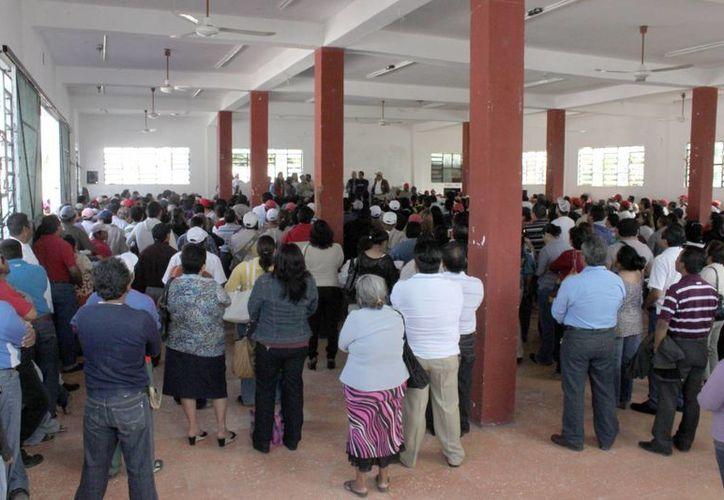 Dos mil 200 trabajadores deberán esperar la llegada del empréstito para recibir el pago de sus compensaciones. (Redacción/SIPSE)