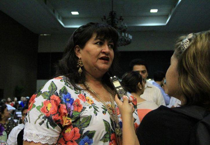Antes sólo teníamos dos patrullas, pero ninguna servía: Carmen Navarrete Navarro, alcadesa de Tekax. (Milenio Novedades)