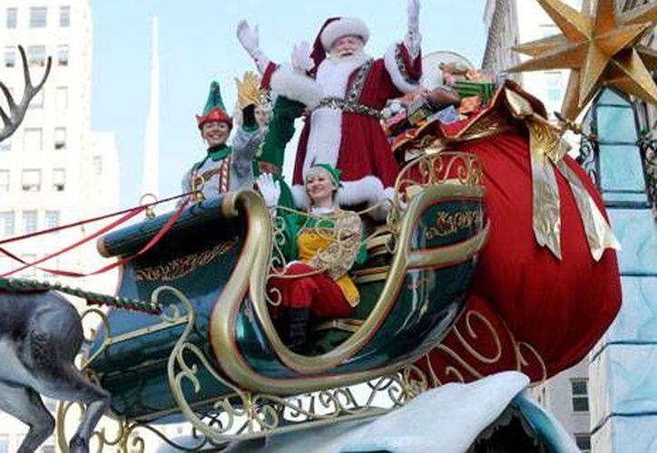 Papá Noel debería de ingeniarse varíos trucos para poder entregar los regalos a tiempo. (Contexto/Internet)