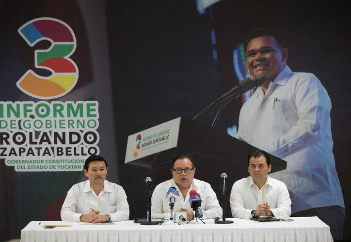 De acuerdo a Guillermo Cortés González, secretario Técnico de Planeación y Evaluación, 'tan solo en 2015 se crearon 14 mil 234 empleos formales'. (Foto cortesía del Gobierno de Yucatán)