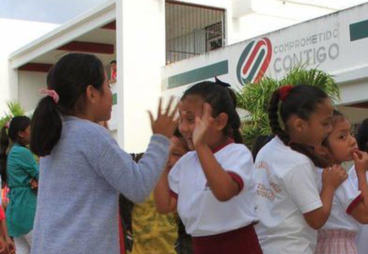 Escuelas de Quintana Roo podrían cambiar sus horarios el próximo ciclo escolar. (Ángel Castilla/SIPSE)