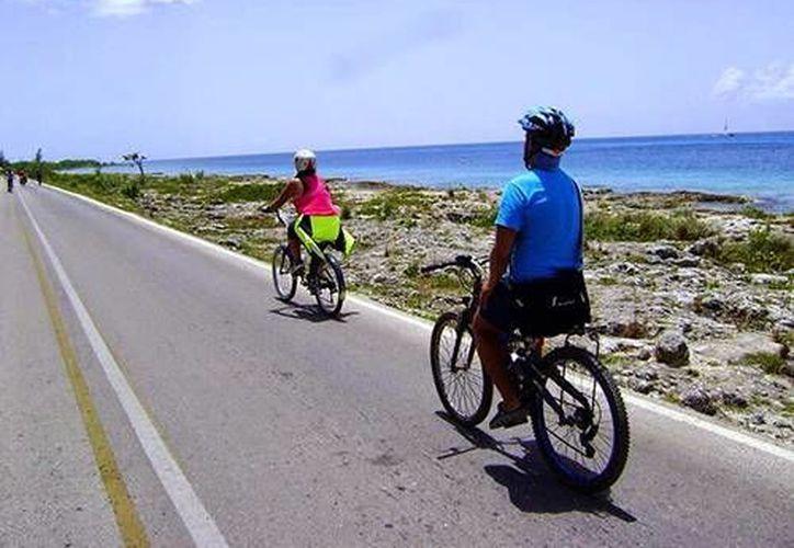 Las personas podrán participar con sus bicicletas y unirse a la concientización de la lucha contra el cáncer de mama. (Redacción/SIPSE)