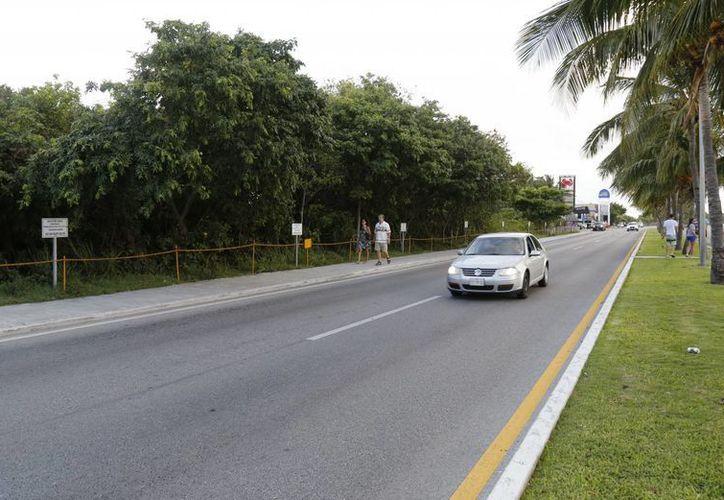 Los edificios se construirán en el kilómetro 14.7 del bulevar Kukulcán. (Jesús Tijerina/SIPSE)
