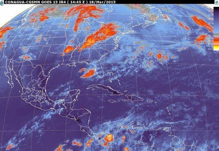 Soplarán vientos del este y sureste de 20 a 40 km/h con rachas y oleaje de 1 a 2 metros de altura. (smn.cna.gob.mx)